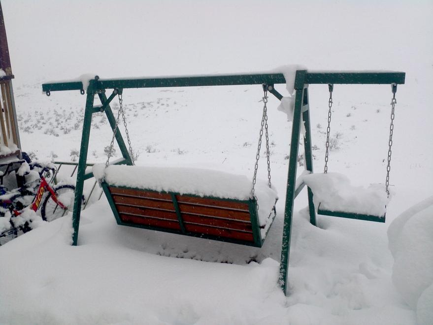 מחזיק גם חצי מטר שלג..